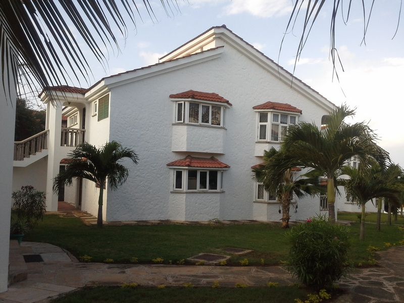 4TH AVENUE (NEW NYALI), MOMBASA